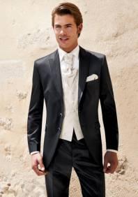 Мужские костюмы на свадьбу в Красноярске. 43 свадебных костюма